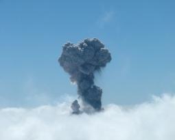 Chile's Villarrica Volcano ERUPTS!